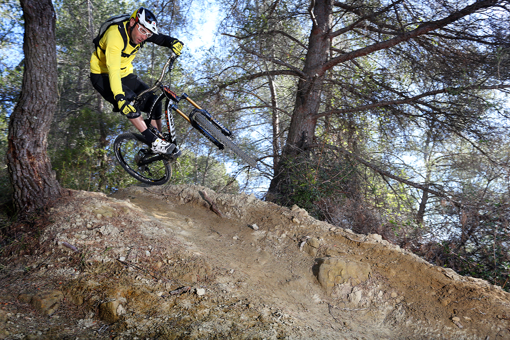 Fabien Barel airing his new Mavic Notch clothing