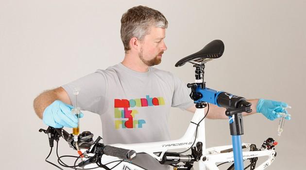 How to bleed your Avid Elixir mountain bike brakes