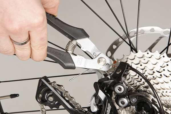 Replace your rear gear cable