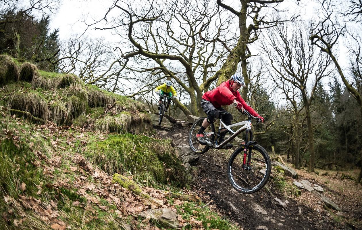 Best enduro bikes riding 2016