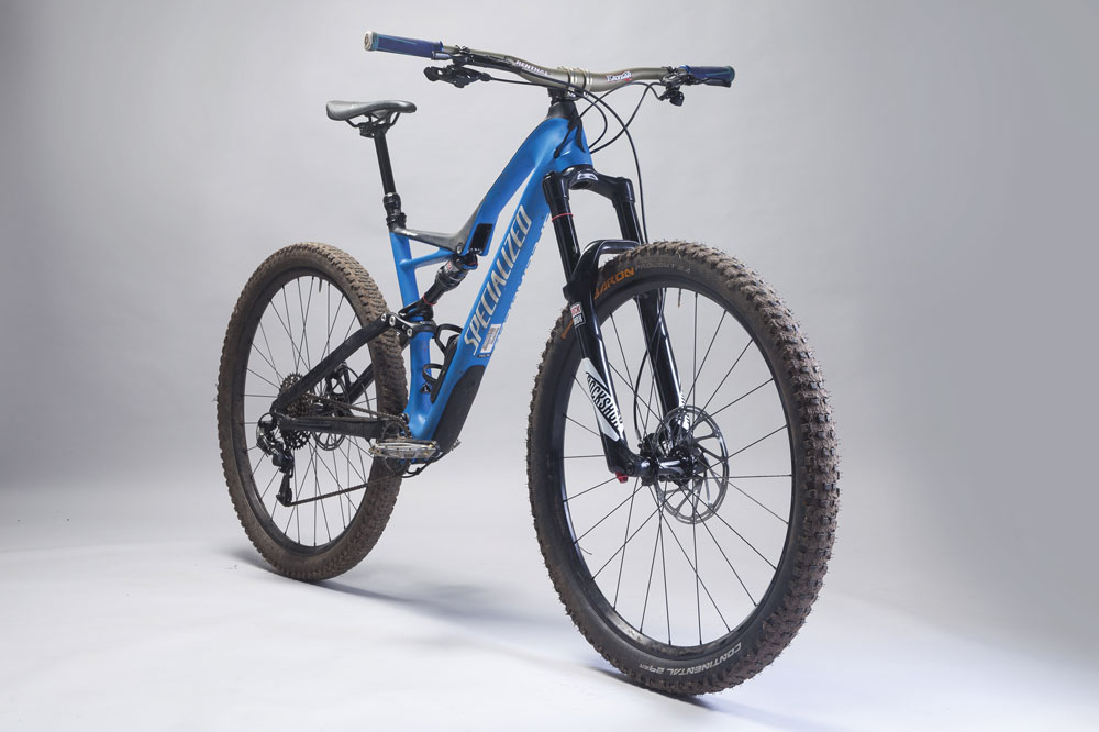 346b3639b35 Specialized Stumpjumper 29 FSR Comp Carbon (2017) review - MBR