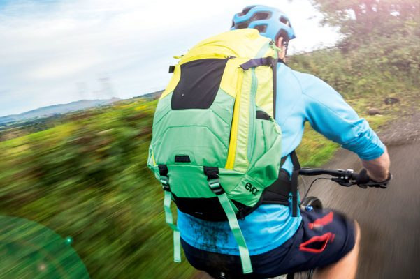 cf15ebcad82b Best hydration packs for 2019 - MBR