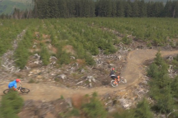 959695238a2 The trail crew at Bike Park Wales sure are hard working. Not only do they  manage to keep the stellar line up of trails in tip-top condition but they' re also ...
