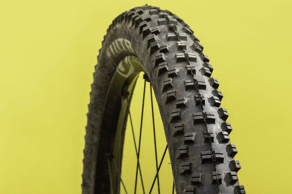 26 x 2.3 Wire Bead Black New WTB Vigilante Comp Tire