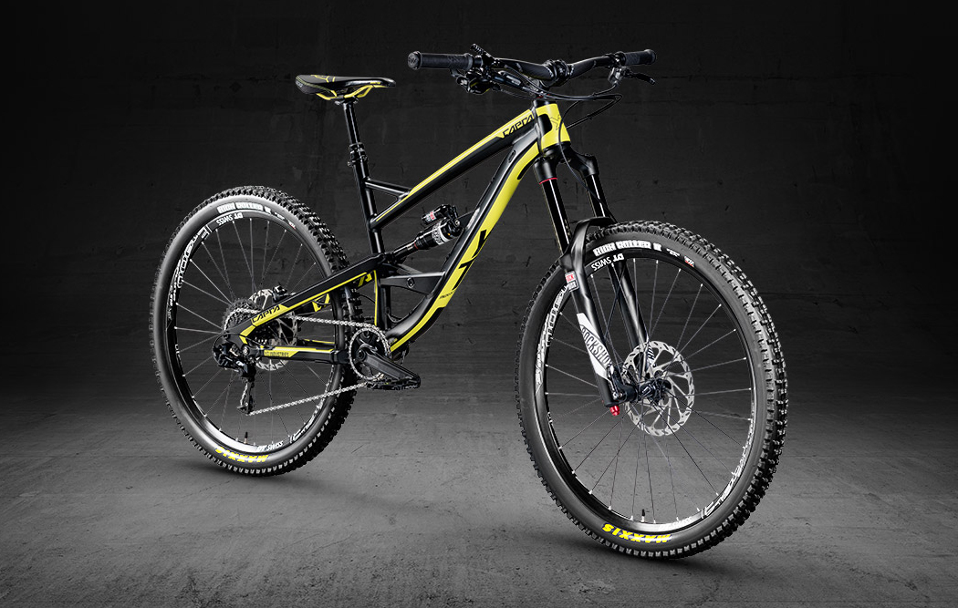 YT Industries slashes price of Capra to £1,600 for 2016 - MBR