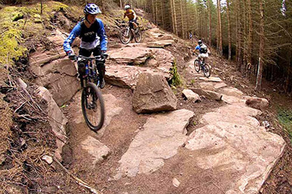 1d925dda049 BLACK RIDE-DAY: Britain's best black trails - MBR