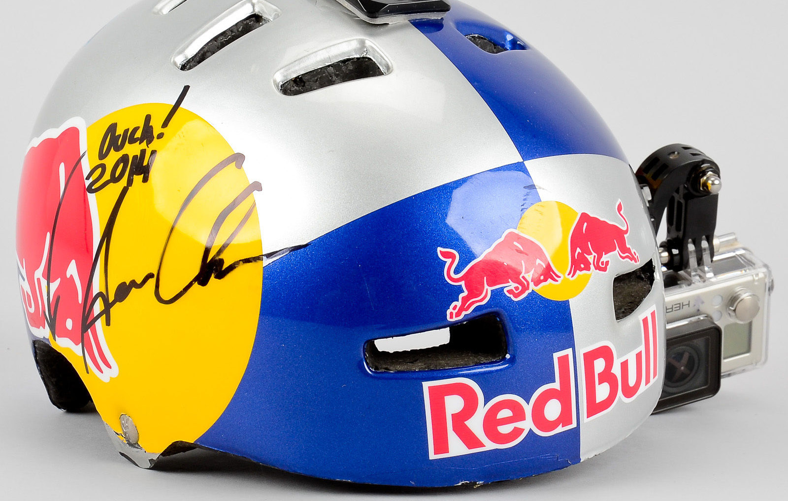 buy a red bull helmet and other pro memorabilia in the. Black Bedroom Furniture Sets. Home Design Ideas