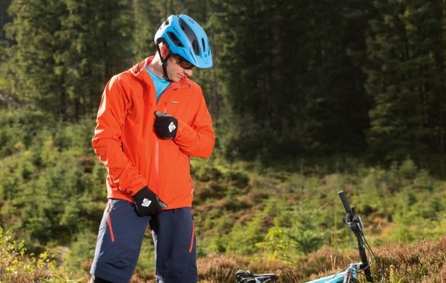 mountain bike clothing deals