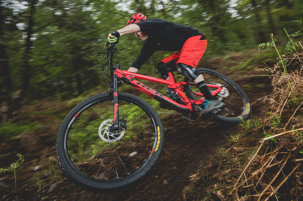 3dc1f4798e2 Bike of the Year 2017: Trek Fuel EX 7 29 - MBR