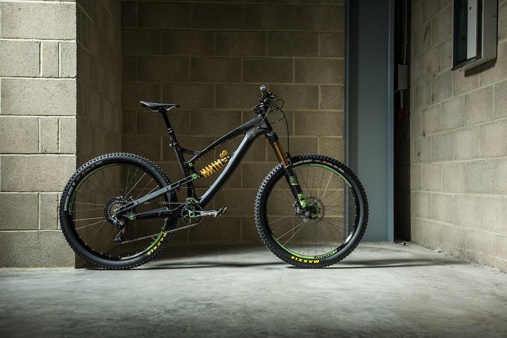 Hope Technology unveil new concept HB.211 carbon bike