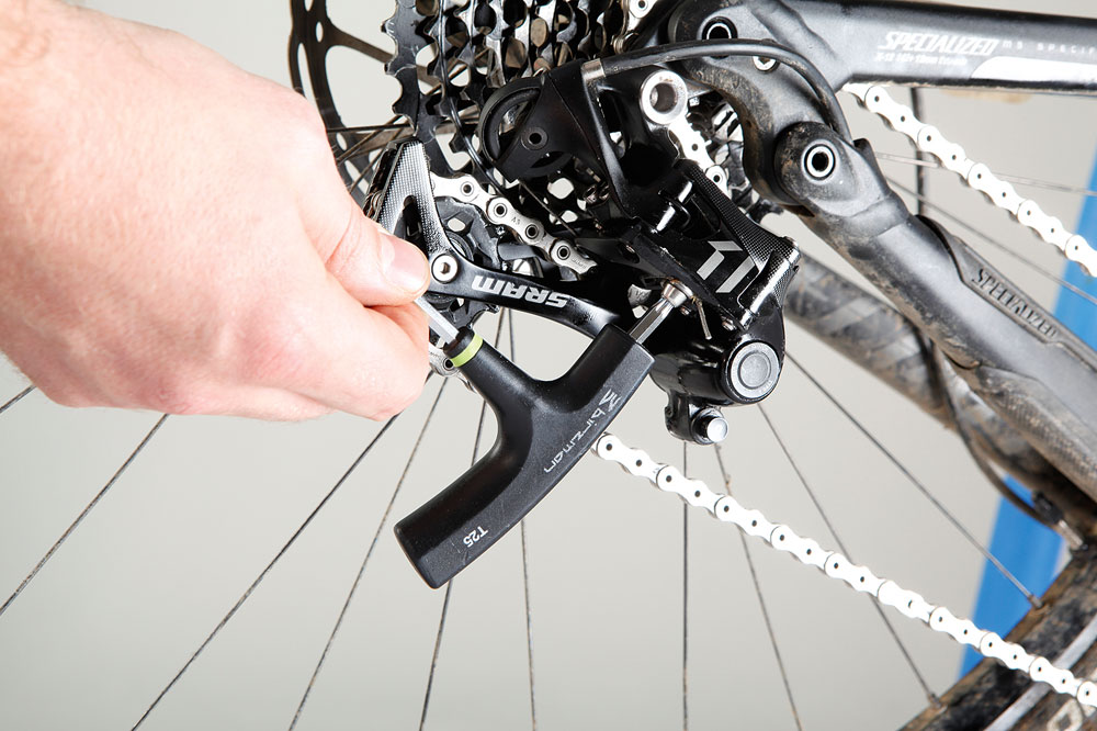 how to fix broken shimano gear cable on a bicycle