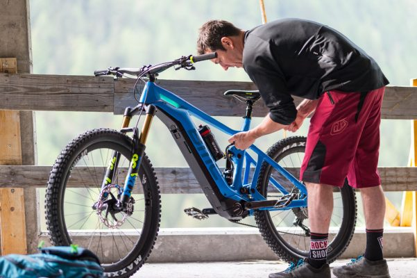 Best Electric Mountain Bike 2019 Best electric mountain bikes in 2019   MBR