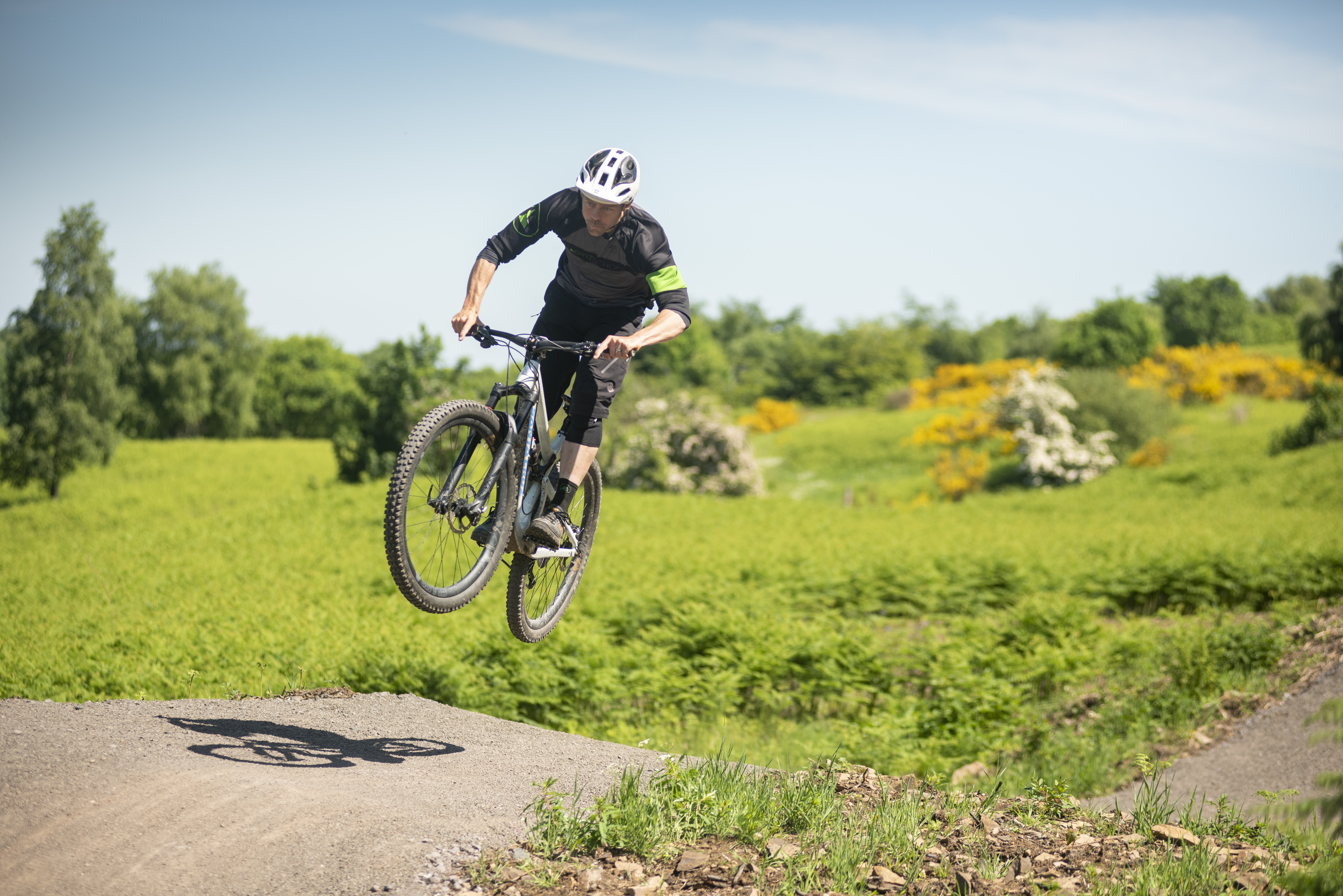 How To Jump A Mountain Bike Mbr