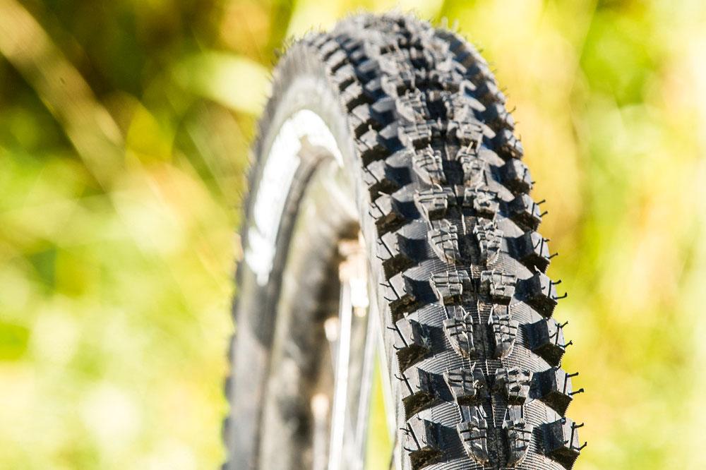 """26x2.35/"""" Michelin Wild Rock/'r2 Advanced Tire"""