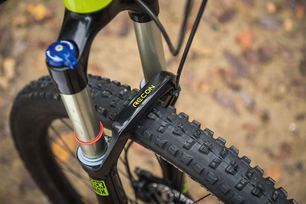 d7e1f050d5d Recon Gold fork is the most sure-footed on test