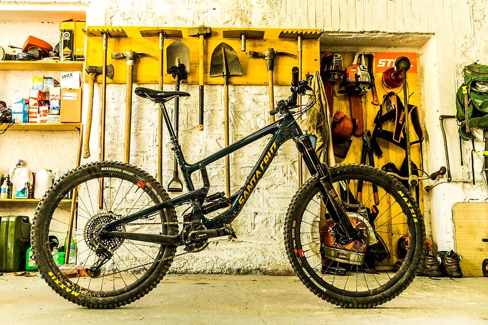 Santa Cruz Nomad first ride - MBR