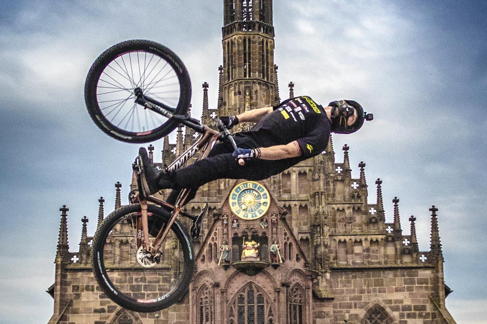 Rogatkin S Mad 1440 Trick Wins Red Bull District Ride Mbr