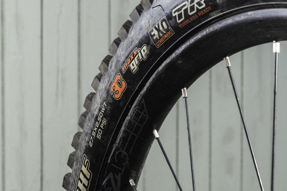 27.5in 3C Maxx Grip//EXO//TR Maxxis Minion DHF Wide Trail 3C//EXO//TR Tire 27.5x2.5