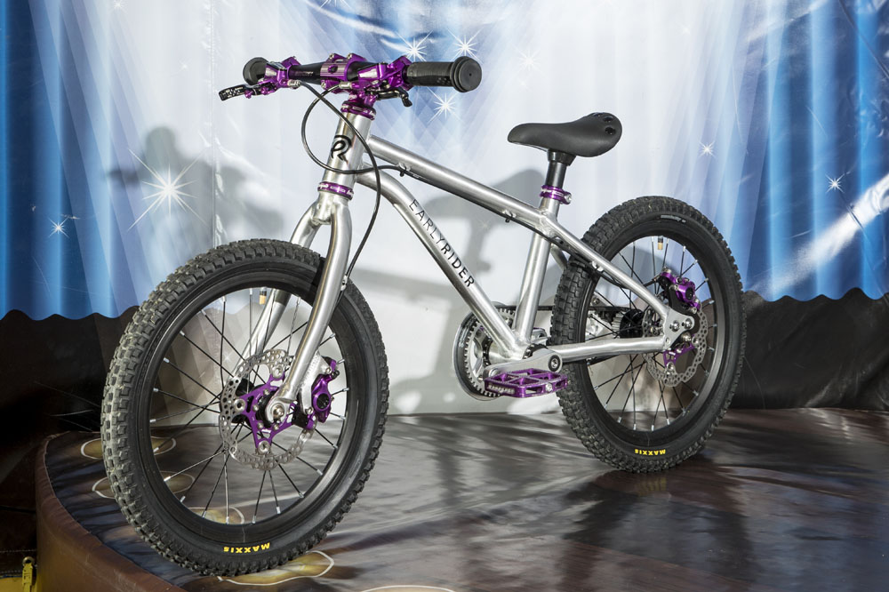 9329d656e51 Best kids mountain bikes and how to get your kids riding - MBR