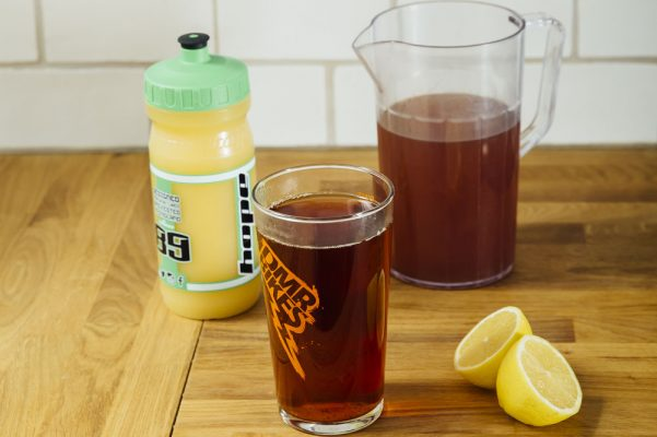 How to make your own homemade energy drinks and energy bars