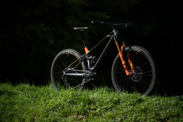 Mondraker Foxy Carbon 29