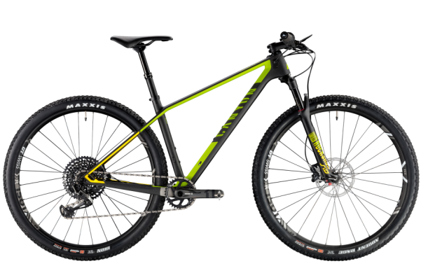 Canyon Exceed CF SL 7 0 Pro Race 2018 review - MBR