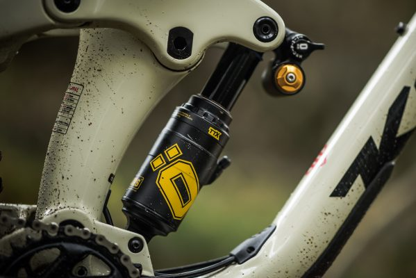 Ohlins TTX Air shock first ride - MBR