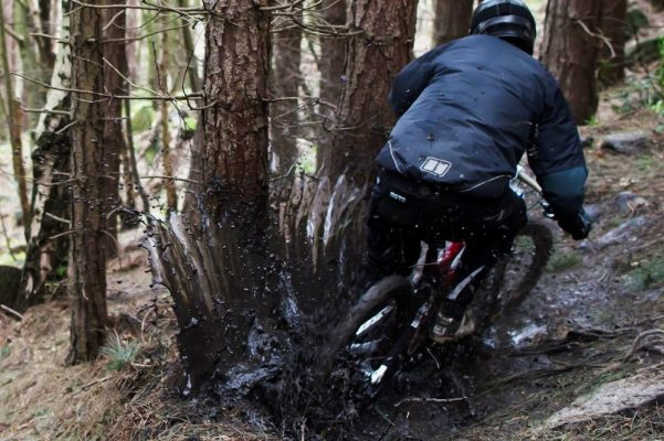How to ride well in the wet - MBR