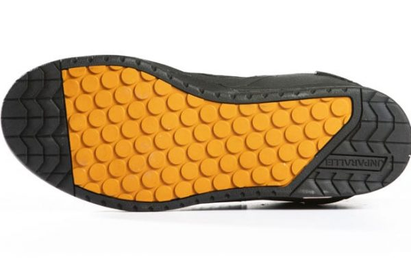 2c814d553e92b5 Unparallel flat shoes have soles even stickier than the stickiest Five Tens  - MBR