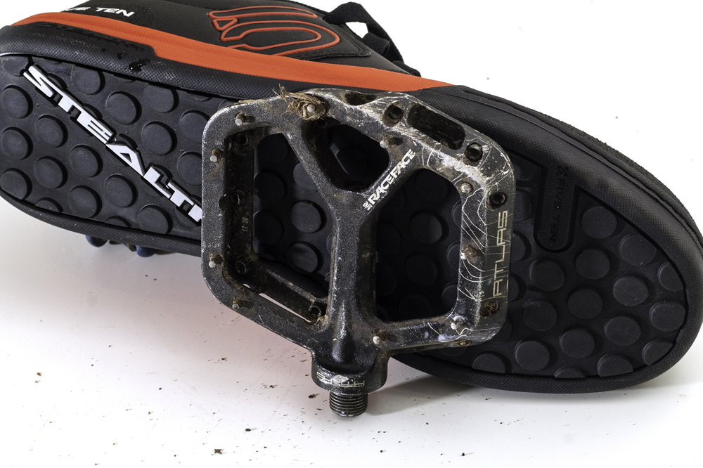 Best Mountain Bike Shoes Flat And Clipless Mbr