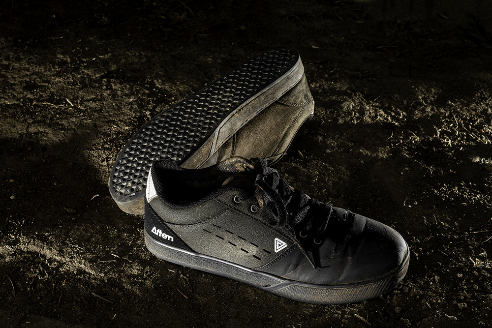 BLACK//GREY Afton KEEGAN Flat Pedal Mountain Bike Shoes