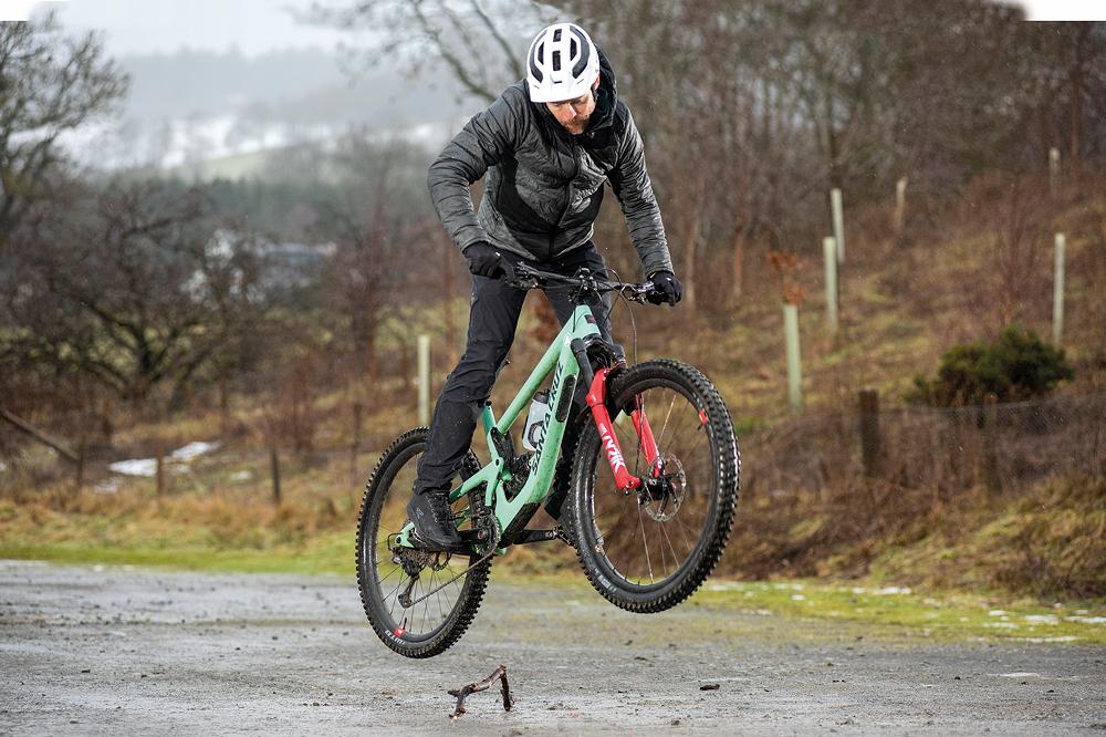 How to bunny hop a mountain bike - MBR