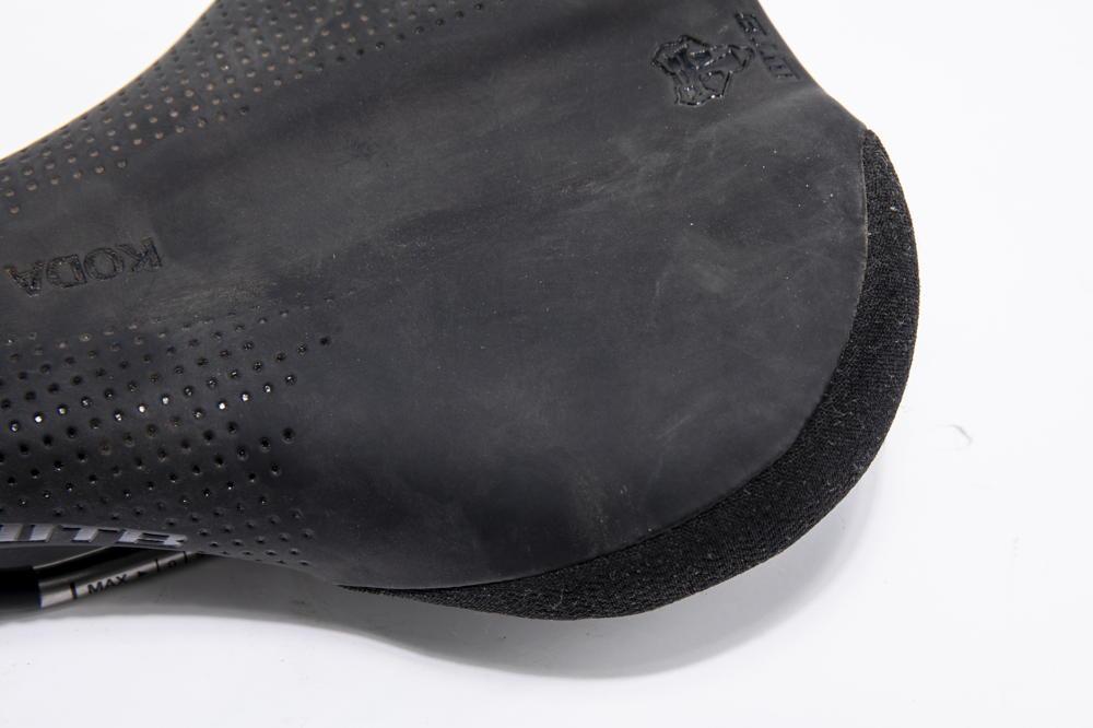 Mountain Bike Saddle Memory Foam Middle Size Black Unisex