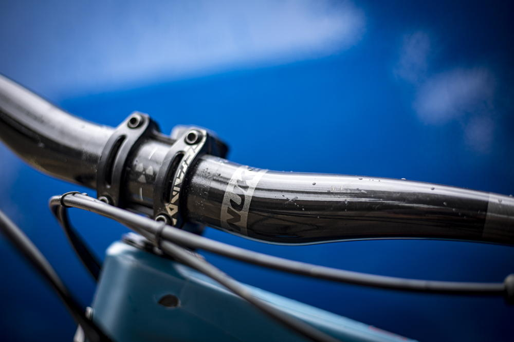 Mountain Bike Flat Handlebar Solid MTB Hi-Rise Handle Bar Bars 600mm Long Black