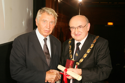 Don McCullin receives RPS Centenary Medal