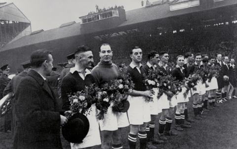 Chelsea v Dinamo Moscow 1945