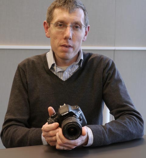 Canon's Mike Owen with EOS 550D