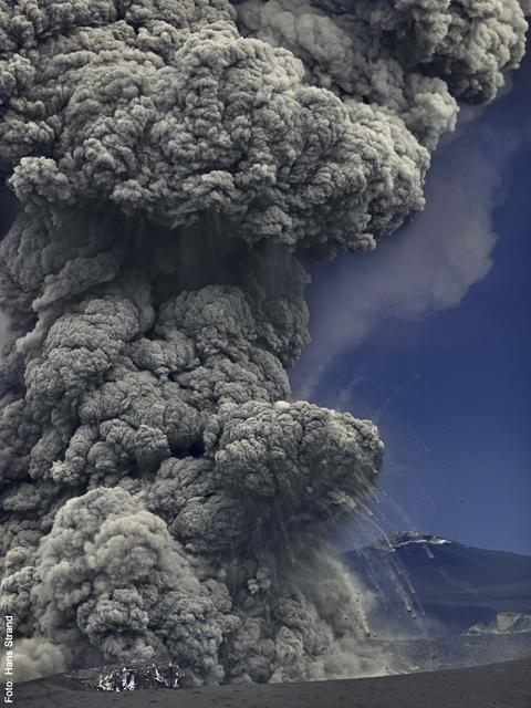 Volcano photograph