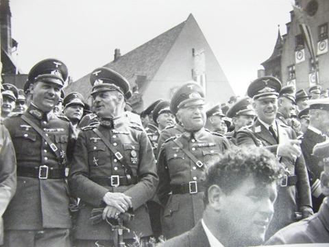 Nazi photo