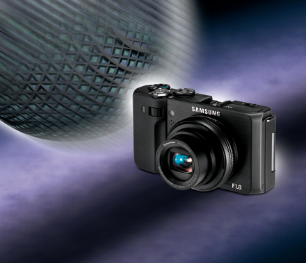 European Advanced Compact Camera 2010-2011 Winner: Samsung EX1
