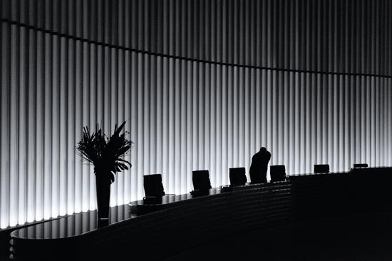 APOY Damien Demolder Lighting