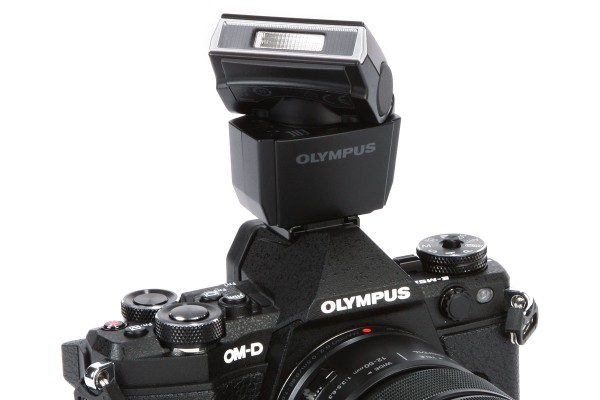 57 differences between the Olympus OM-D E-M5 Mark II and the