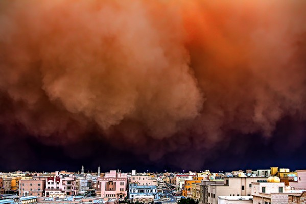 Cayanan_Rizalde_Sandstorm in the city.web