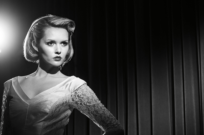 How To Reproduce Hollywood Lighting In Your Portrait Photography