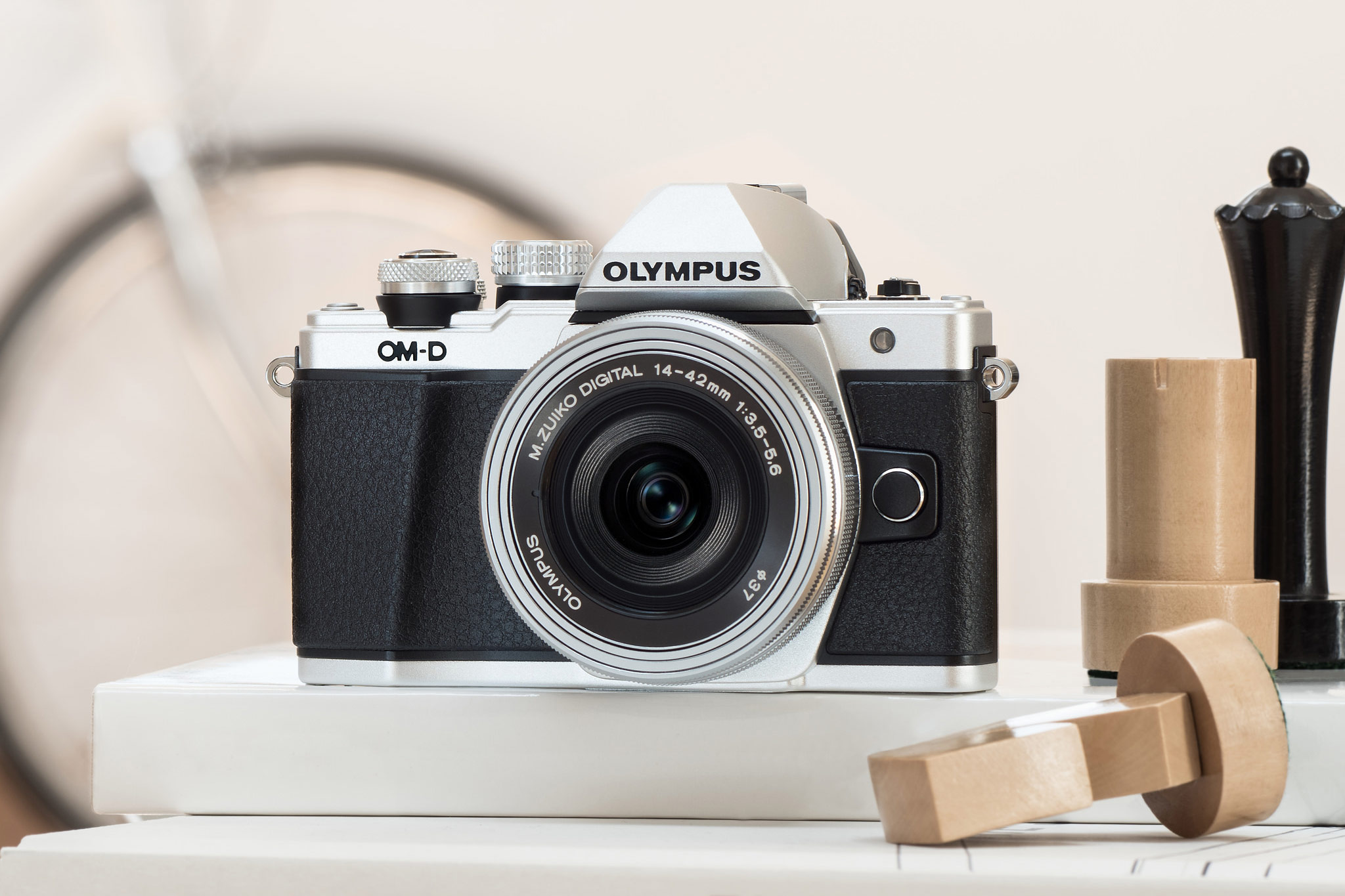 Olympus OM D E M10 Mark II vs Olympus OM D E M10 – The 9 Key Differences