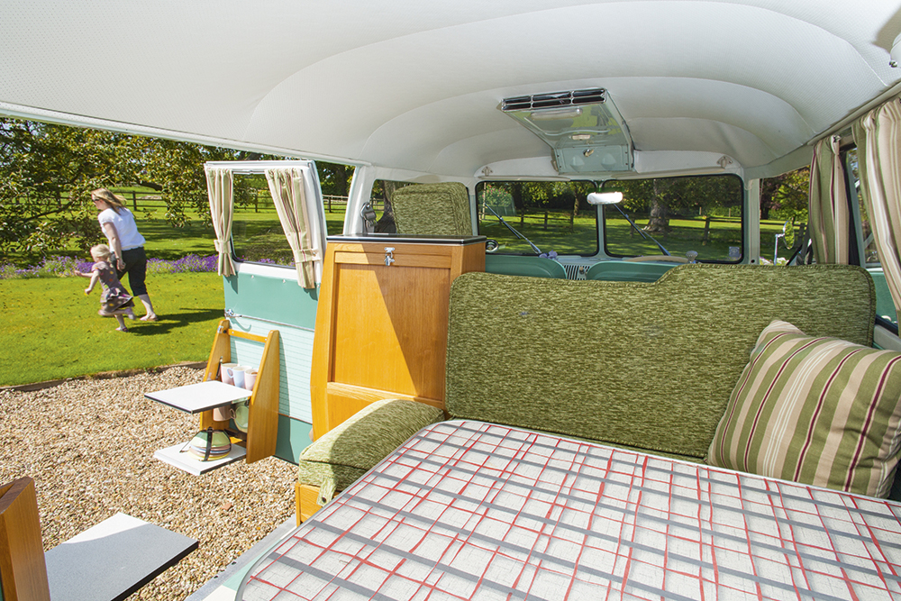 car photography amateur photographer. Black Bedroom Furniture Sets. Home Design Ideas