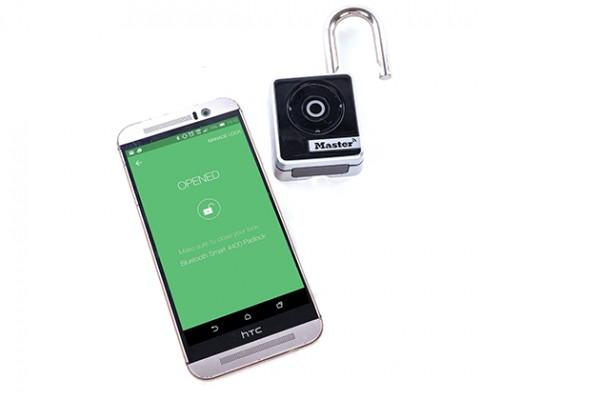 Master-Lock-Bluetooth-Smart-Padlock-4400D