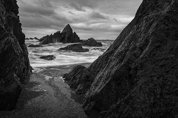 With no colour to rely on, use texture, tone and lines to draw the - Mono Magic: Black And White Landscape Photography - Amateur Photographer