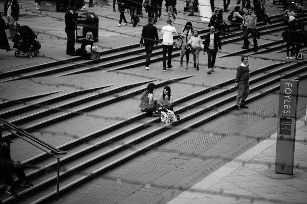 Monochrome street scene, captured with Zeiss Batis 135mm