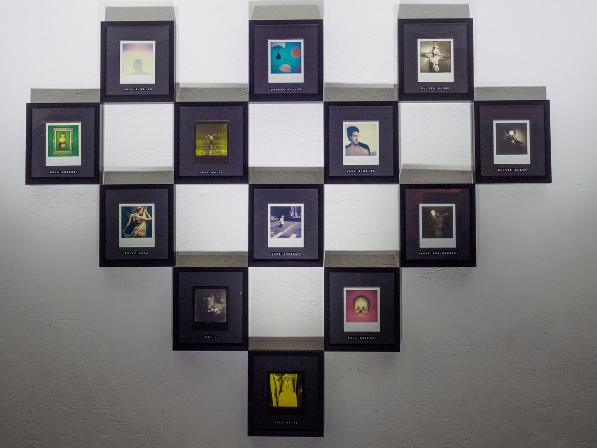 polaroid i 1 review hands on first impressions gearopen. Black Bedroom Furniture Sets. Home Design Ideas